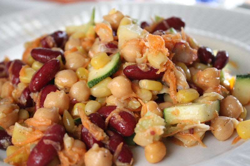 Mixed bean salad |